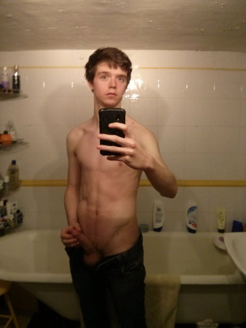 Patrick: Self-made and Private Teen Dick Selfie Pics