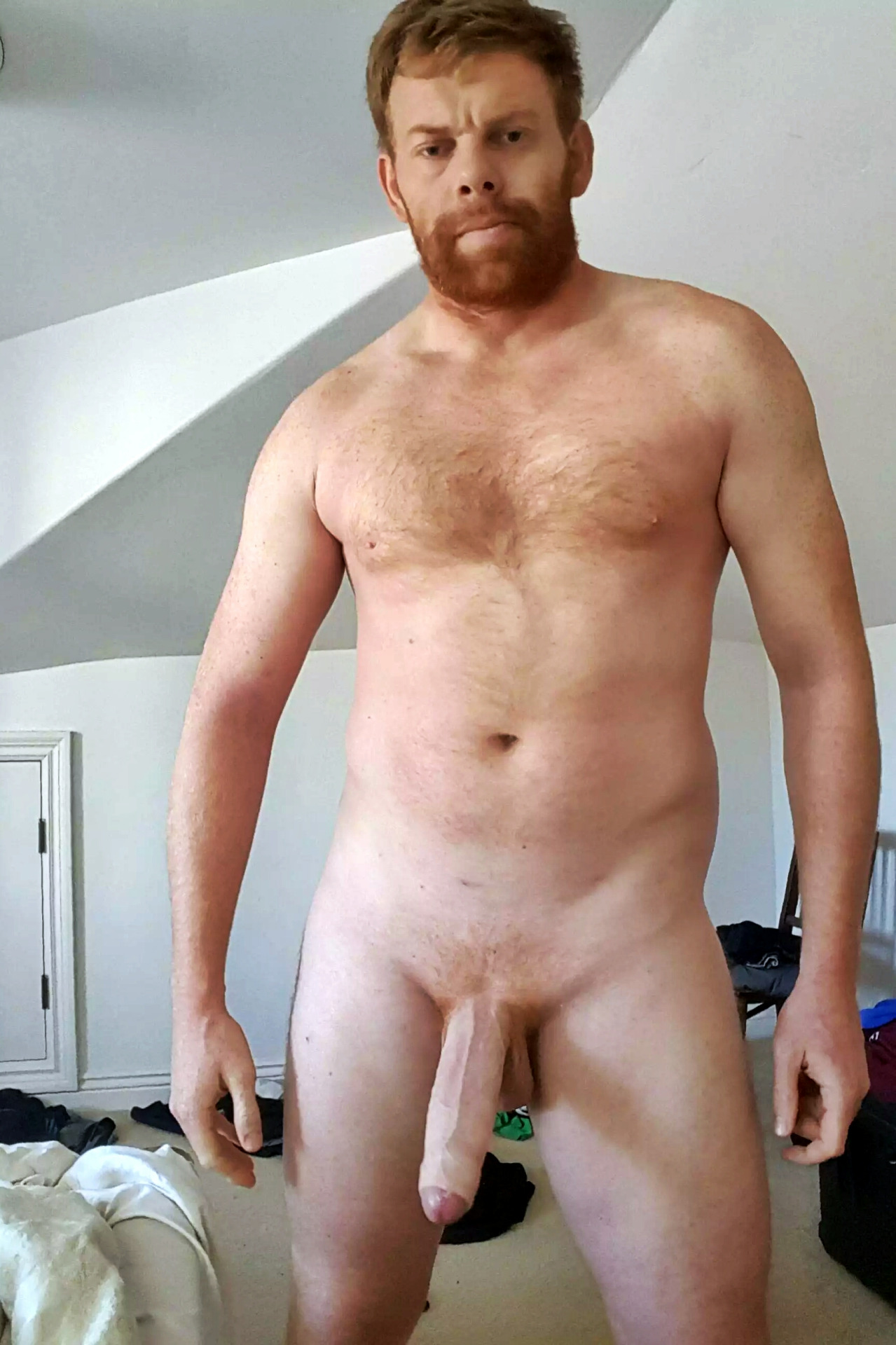 Nude_Male_Selfies