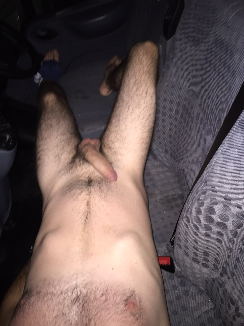 Calvert, a horny white male takes naked selfies of himself in his car!